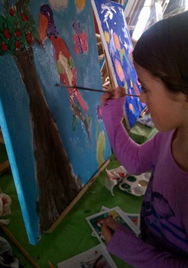 parrot painting camp image